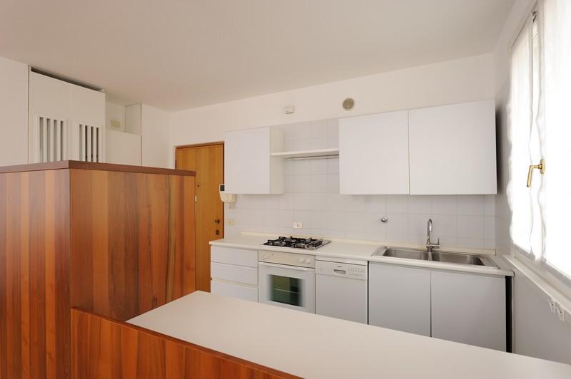 Trento – P.tta B. Lunelli 1- int. 3 [Affitto Appartamento]