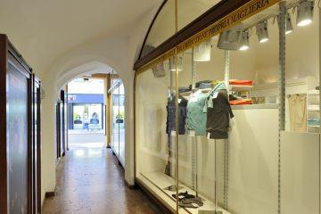 Trento Via San Pietro, 27 - negozio