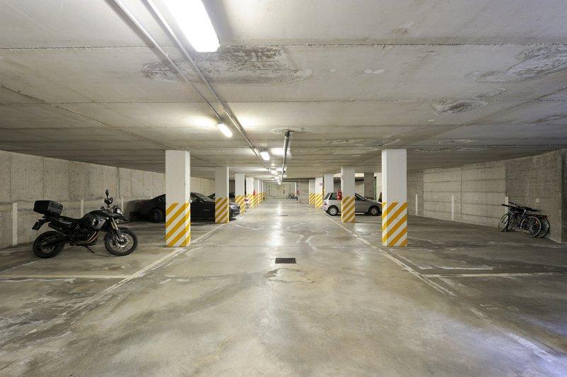 Affitto garage privato trento centro posto moto assegnato - Garage sotterraneo ...