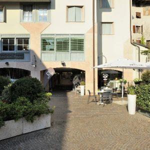 Trento, P.tta Lunelli – Toxon immobiliare