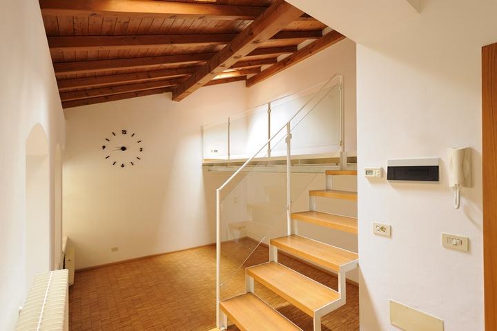 Rovereto Via Scuole - Uff. 01 - Toxon Spa